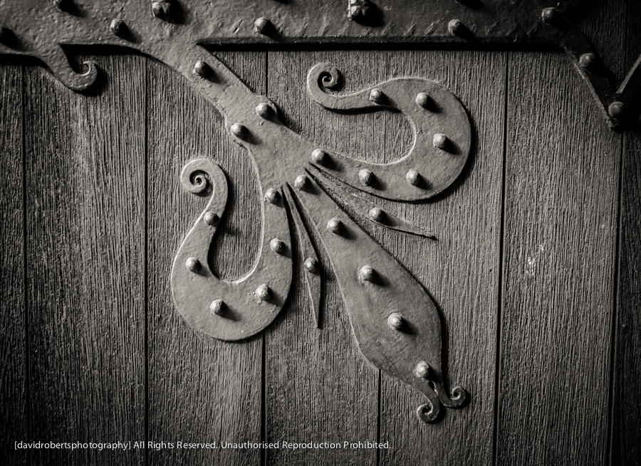 bangor cathedral door detail-2362-2